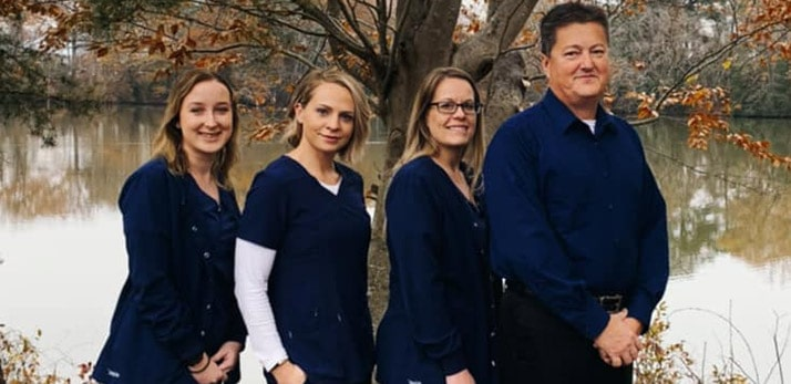 Chiropractor in Seaford DE James Hummel and Team